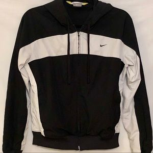 Nike Waterproof Black & White hooded jacket Sz M